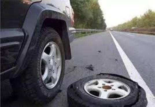 Vá lốp xe ô tô lưu động Tp Cần Thơ
